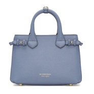 Burberry  Blue Small Banner Tote 蓝色手袋 $932(约6622元)