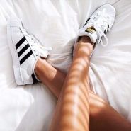 "折扣升级!Mytheresa:Adidas Originals ""Stan Smith""系列 低至6折!"